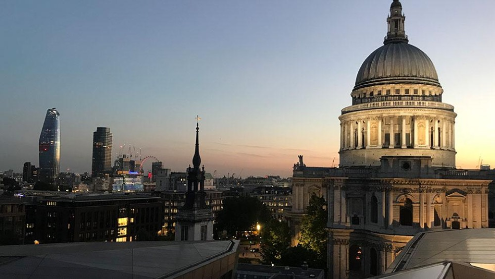 London sun setting