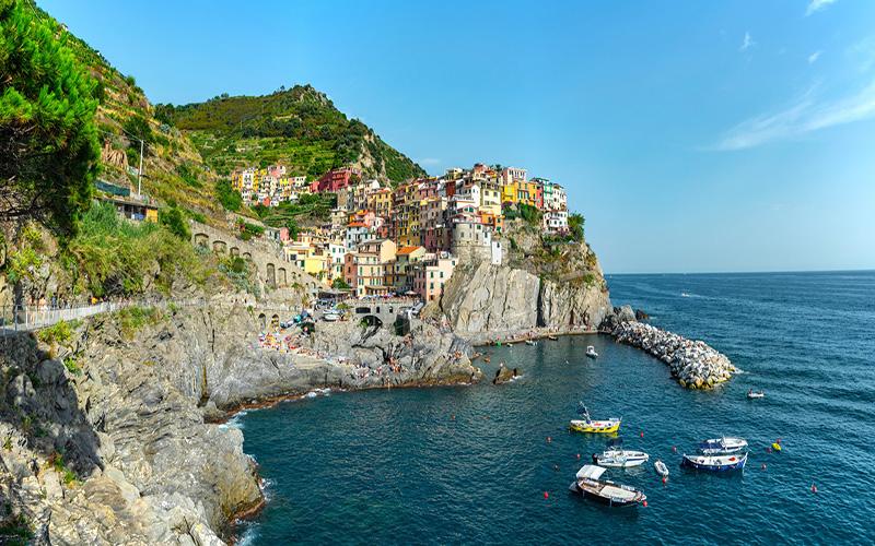 sunny cliffs and blue ocean